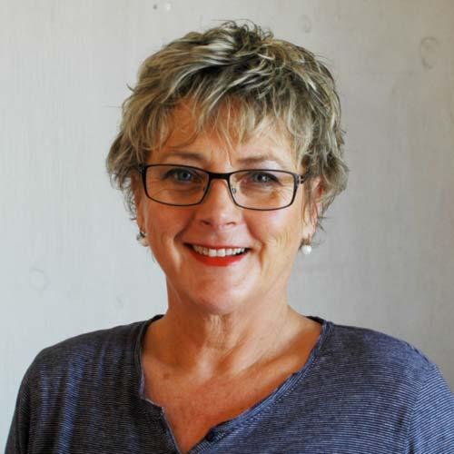 photo of Linda Damon
